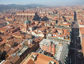 Bologna - Outlook from Torre Asinelli to Dom and Palazzo Comunale in morning — Stock Photo