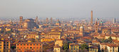 Bologna - Outlook to Bologna old town from church San Michele in Bosco in evening light — Stock Photo