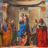 "VENICE, ITALY - MARCH 12, 2014: ""Sacra conversazione"" by Giovanni Bellini (1505) from Chiesa di San Zaccaria church. — Stock Photo"