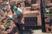 Bologna - Look down from Torre Asinelli to church of st. Bartolomeo e Gaetano. — Stock Photo