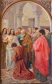 BRUGGE, BELGIUM - JUNE 13, 2014: Jesus and Incredulity of Thomas (19. cent.) in st. Giles (Sint Gilliskerk). — Stock Photo