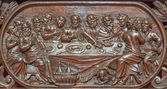 BRUGES, BELGIUM - JUNE 13, 2014: The carved relief of the Last supper of Jesus  in Karmelietenkerk (Carmelites church)  by carmelite Victor van de Heilige Jacob fromk 17. cent. — Stock Photo
