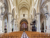 BRUSSELS, BELGIUM - JUNE 15, 2014: The nave of gothic church Notre Dame de la Chapelle. — Stock Photo
