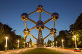 BRUSSELS, BELGIUM - JUNE 16, 2014: Atomium at dusk. Modern building was originally constructed for Expo '58 and  shows the unit cell of an iron crystal magnified 165 billion times. — Stock Photo