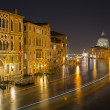 Venice - Canal grande at night from Ponte Accademia — Stock Photo