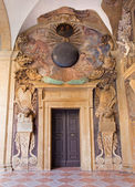 BOLOGNA, ITALY - MARCH 15, 2014: Portals from External atrium of Archiginnasio — Стоковое фото