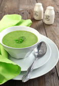 Fresh green pea soup (Selective Focus) — Stock Photo