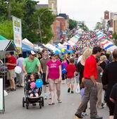 AURORA, ONTARIO, CANADA - JUNE 2, 2013: Street Festival — Stock Photo