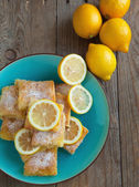 Freshly baked lemon squares — Stock Photo