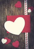 Valentines Day background with heart and empty greeting card — Stock Photo