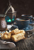Baklava with honey and nuts - traditional Turkish dessert — Stock Photo