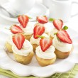 Cupcakes with strawberry — Stock Photo