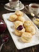 Fresh homemade scones — Stockfoto