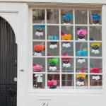 Dutch window decoration for the celebration of Sinterklaas. — Stock Photo