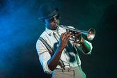 Vintage černé africké americký jazzový saxofonista. — Stock fotografie
