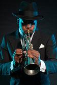 černá africký americký jazzový saxofonista. — Stock fotografie