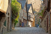 Picturesque houses of Dinan. Brittany. France. — Stock Photo