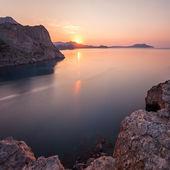 Mountain sunrise. Ukraine. Crimea — Stock Photo