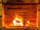 Fuego en una chimenea — Foto de Stock