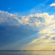 Beautiful Sea, Clouds and Blue Sky — Stock Photo