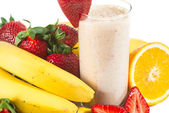 Healthy strawberry smoothie with fruits — Stock Photo