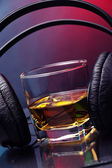Music and whiskey — Stock Photo