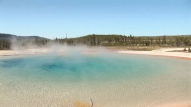 Rainbow Pool in Yellowstone National Park — Stock Video