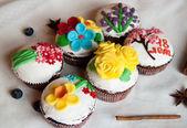 Six cupcakes — Stock Photo