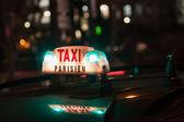 Taxi parisien — Stockfoto