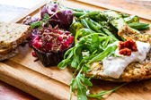 Aubergine with pomegranate and green beans and courgette salad — Stok fotoğraf