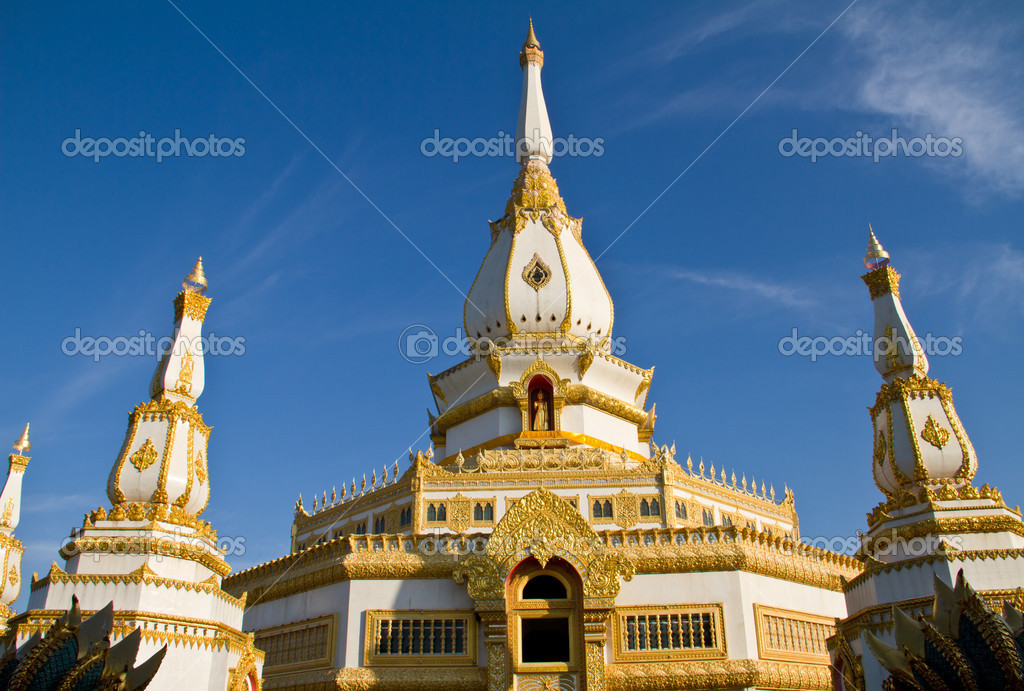 Roi Et Thailand  City new picture : Thai temple, Maha Chedi Chaimongkol at Roi et Province Thailand ...