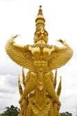 Gold garuda statue — Stock Photo