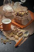 Peanut cookies and milk — Stock Photo