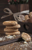 Closeup side view of cookies — Stock Photo