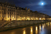 Seine in the night with moon — Stock Photo