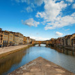 Florence, ITALY, SEPTEMBER 19: Ponte Vecchio over Arno River in — Stock Photo