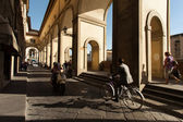 FLORENCE, ITALY - SEPTEMBER 19: tourists on the streets on Septe — Stock Photo
