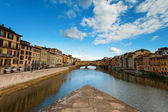 Florence, ITALY, SEPTEMBER 19: Ponte Vecchio over Arno River in — Stock Photo