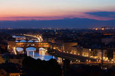 View from top of Ponte Vecchio in sunset, Florence,Tuscany, Ital — Stock Photo