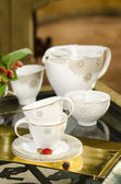 Porselain tea set — Stock Photo