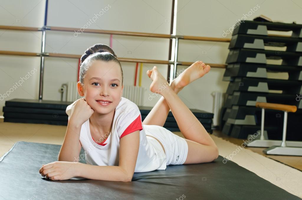 skritaya-kamera-gimnastki