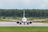 Boeing 737-800 Next Generation jet aircraft — Stock Photo