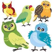 白い背景の上の 5 つの鳥 — ストックベクタ