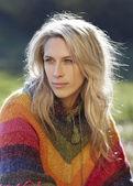 Beautiful blonde woman portrait oudoor, sunshine — Stock Photo