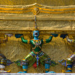 Mythical figure from the buddhist temple of Grand Palace, Bangkok Thailand. — Foto Stock