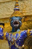 Mythische figur des grand palace, bangkok thailand. — Stockfoto