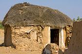 Hut in the desert near Jaisalmer, India — Stock Photo