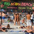 Beach before the full moon party in island Koh Phangan, Thailand — Stock Photo