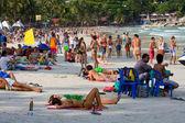 Praia antes da festa da lua cheia em ilha koh phangan, tailândia — Foto Stock