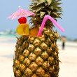 Tropical cocktail on the beach — Foto Stock
